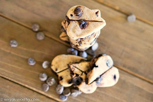 dog carob chip cookies