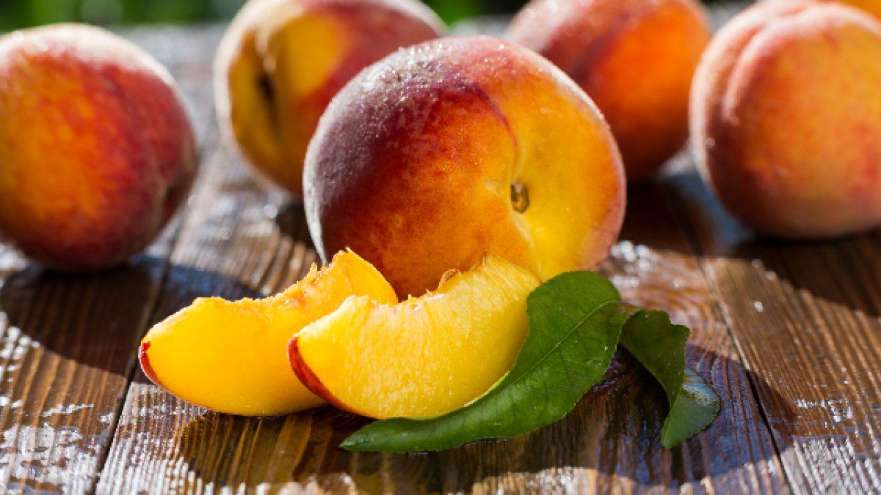 Can Dog Eat Peach?