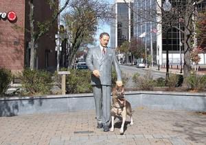 Statue of Buddy, first seeing-eye dog