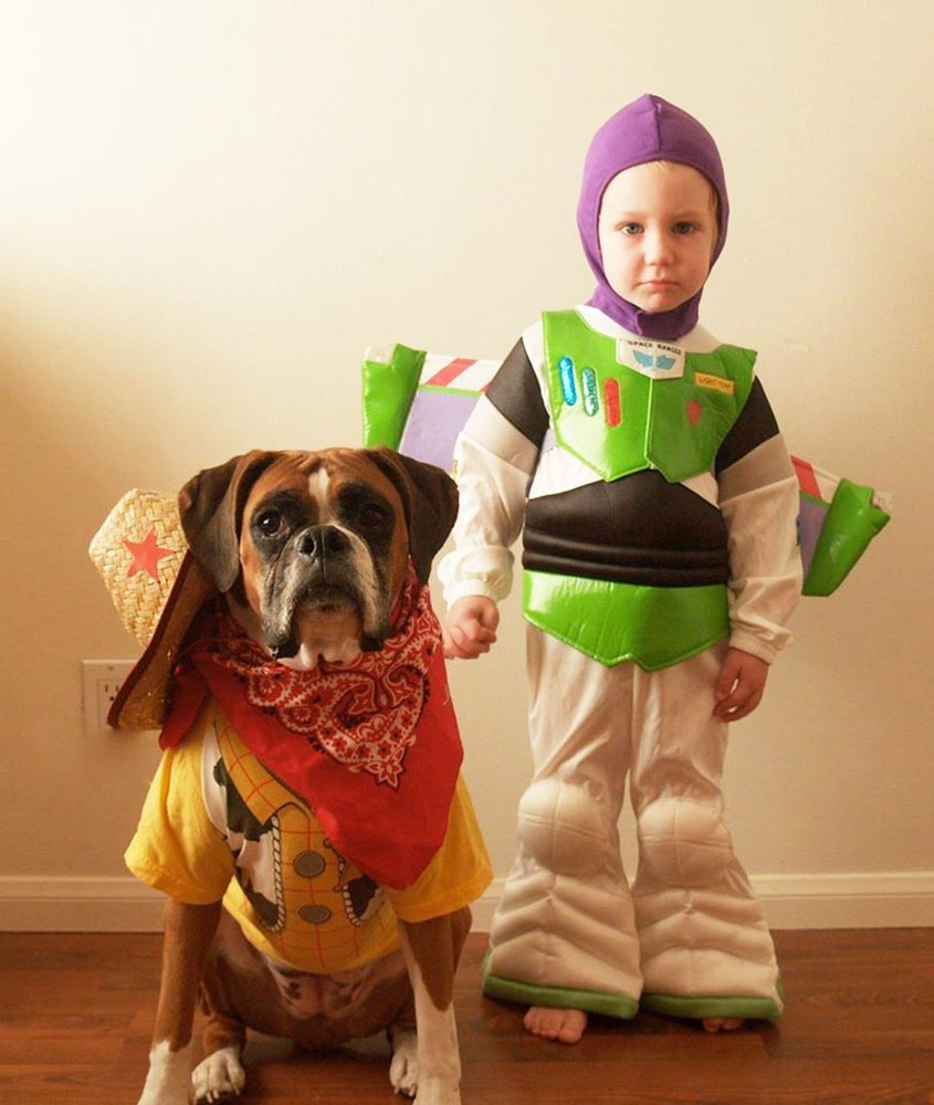 Toy Story Halloween costumes for dogs and kids